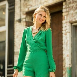 NWT Ark & Co Green Romper with Open Back